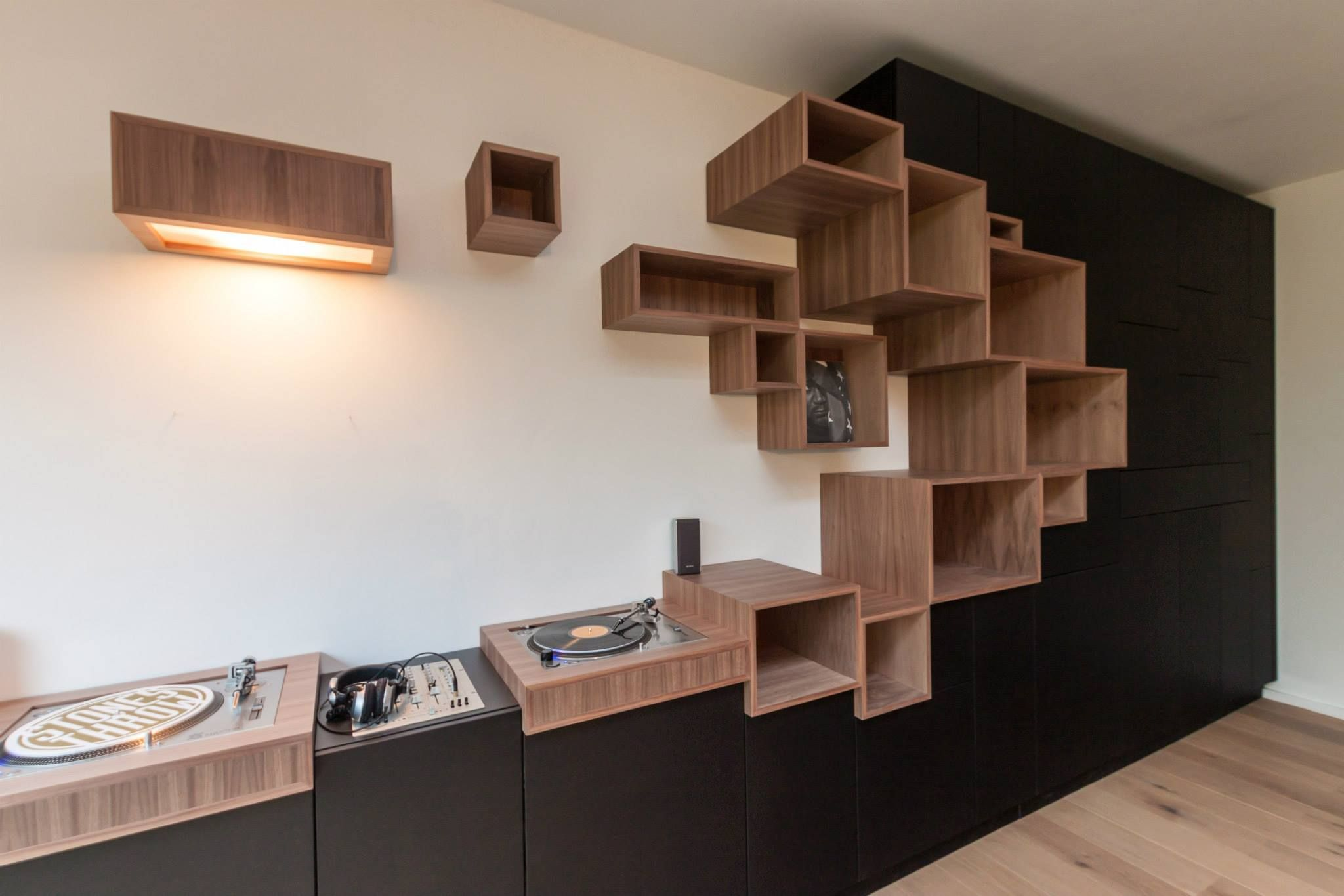 pick up wall biblioth que et rangement wall unit and. Black Bedroom Furniture Sets. Home Design Ideas