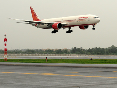 Business Class Flyer Gropes Woman On Flight To Us With Images Air India Service Trip Corporate Travel