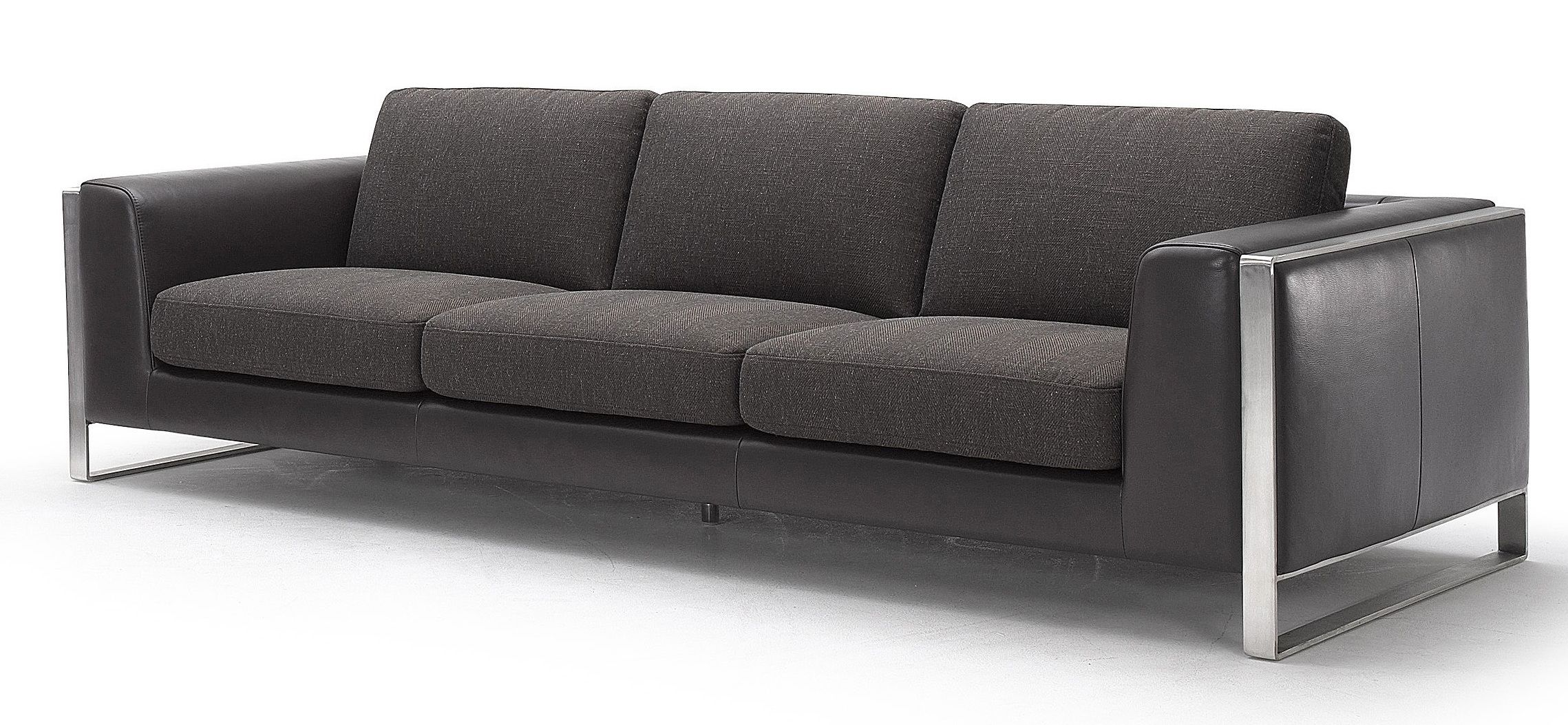Home furniture improvement with contemporary sofa huz for Modern sofa chair