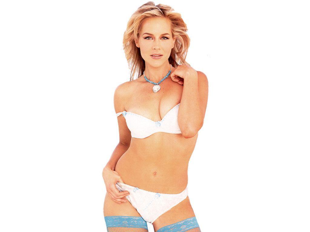 Julie Benz Nude Photos 86