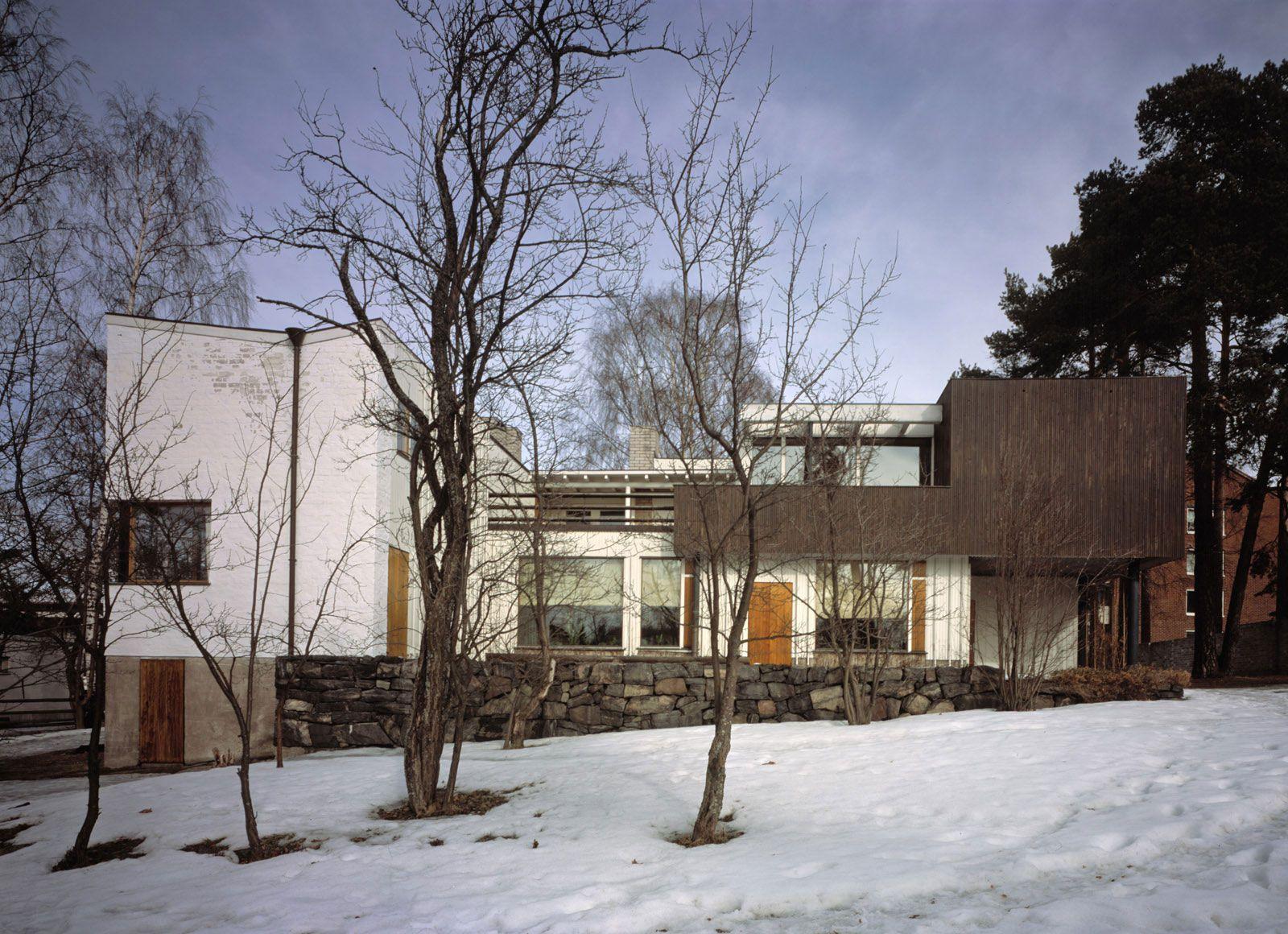 Aalto house helsinki finland 1935 36 alvar aalto for The aalto house