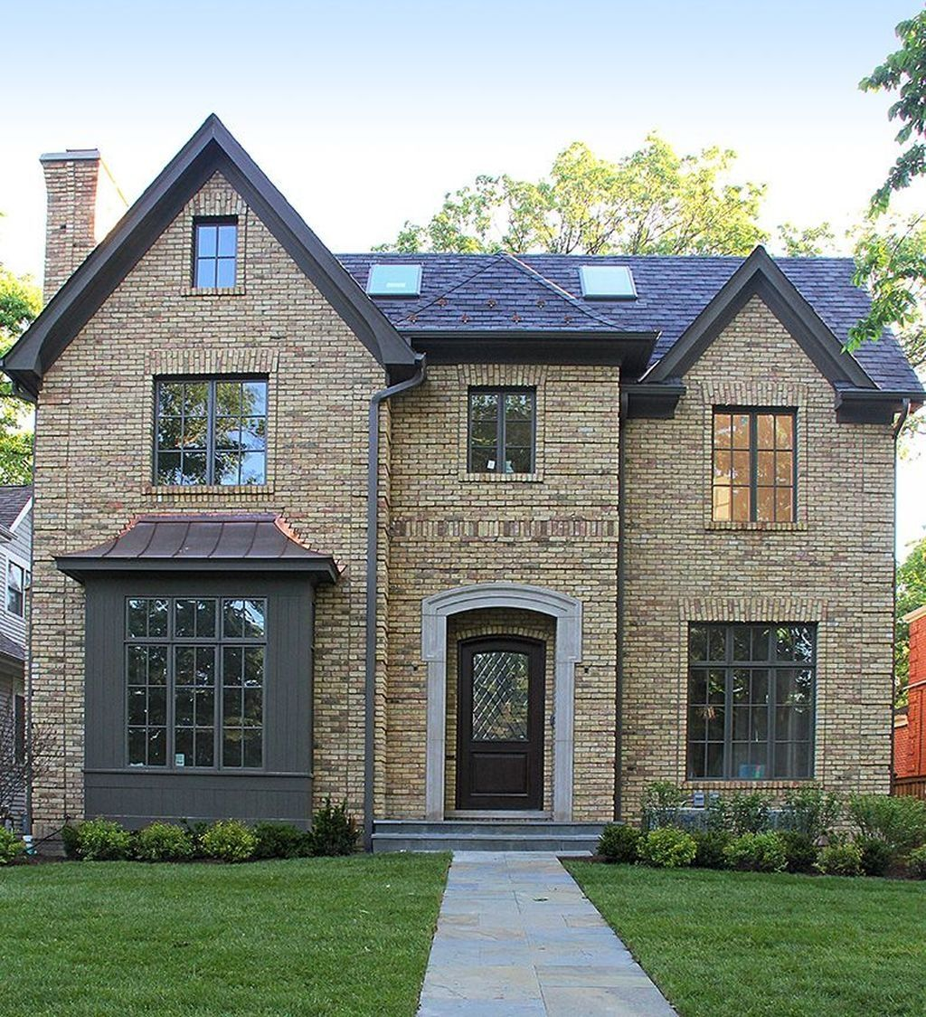37 Top Styles Yellow Brick Home Inspirations Ideas Brick Exterior House Brick House Exterior Colors Yellow Brick Houses
