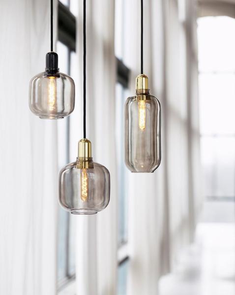 Den smukke Amp lampe kollektion har et unik design, og