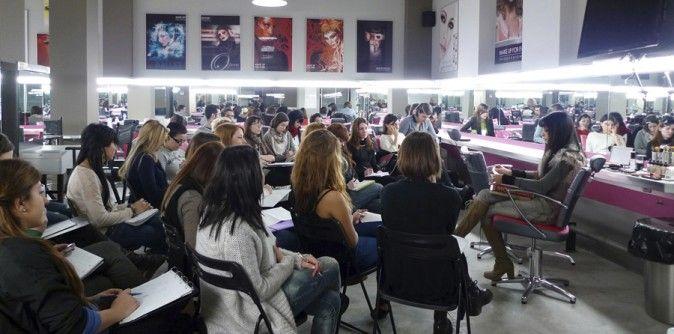 escuelas de maquillaje españa