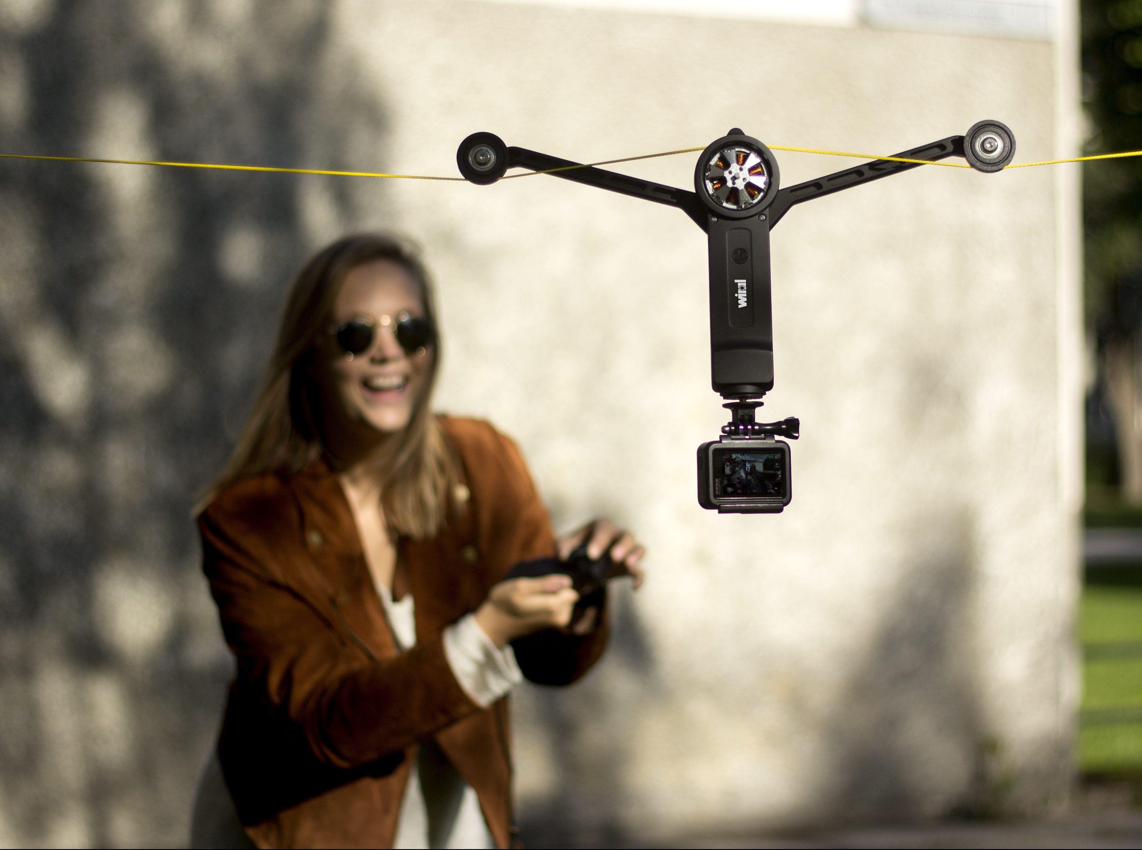 Verbessert Eure Videoaufnahmen Mit Der Kameraseilbahn Wiral Lite Die Seilbahn Ist Kompatibel Mit Gopros Oder Vergleichbaren Actionca Seilbahn Videos Schlitten