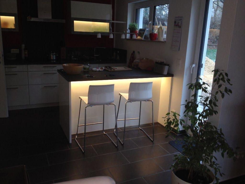 Indirekte Beleuchtung der Küche durch Loxone | Livingroom ideas ...