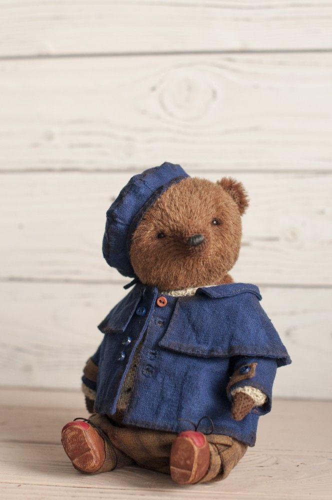 Bear Roderick by Irina Arkhipova