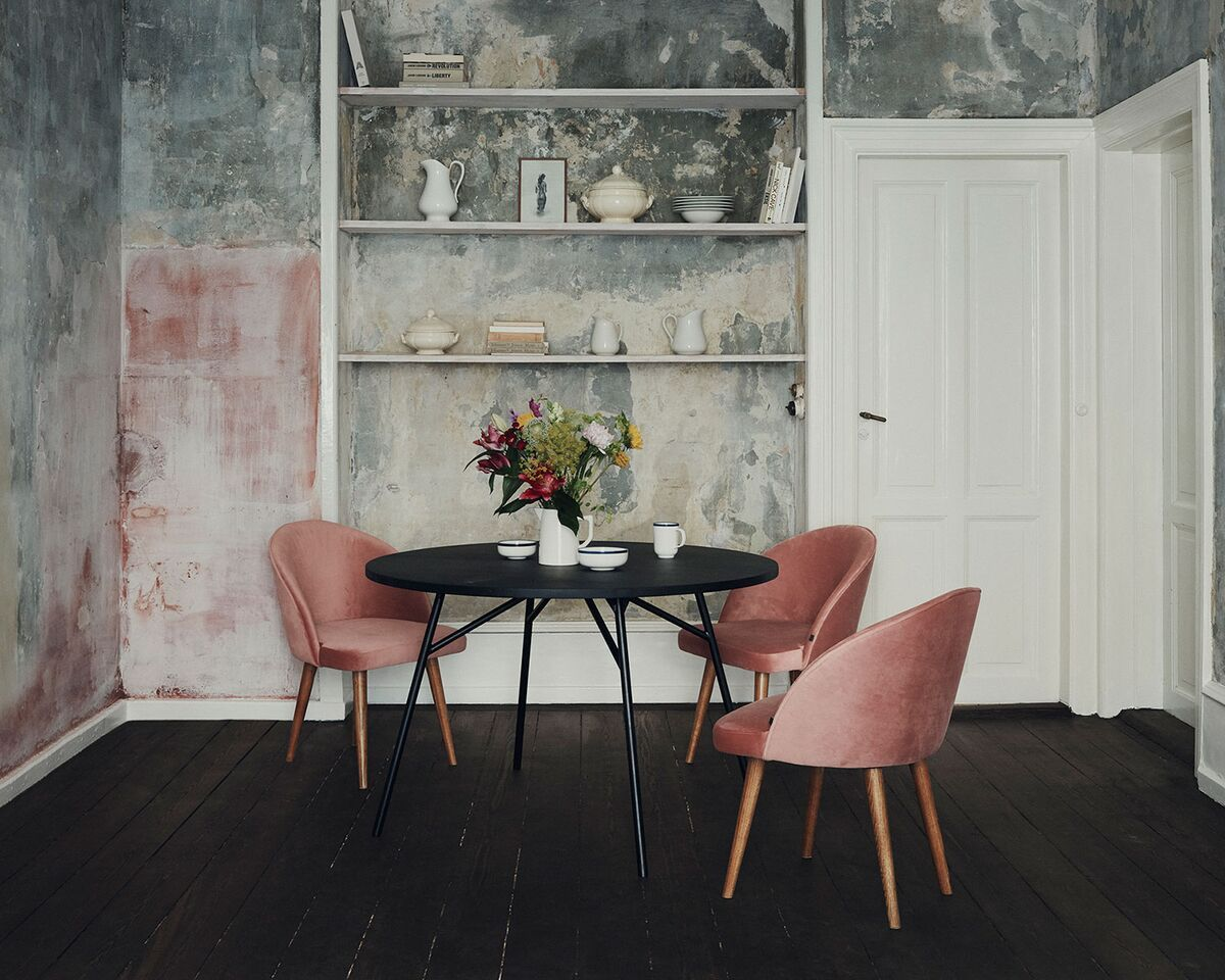sofacompany.com brings you Danish designed original furniture