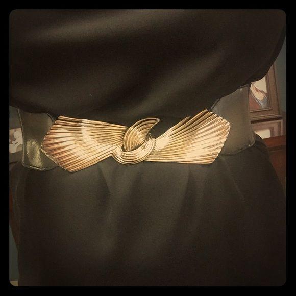 Silver & black statement belt! Stretchy, vintage belt - great for updating a maxi! Accessories Belts