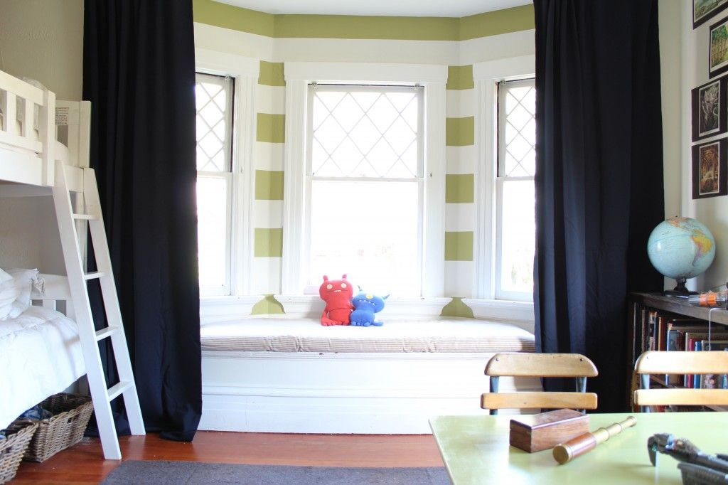 Fun Boys Room With Window Seat Reading Nook Bay Window