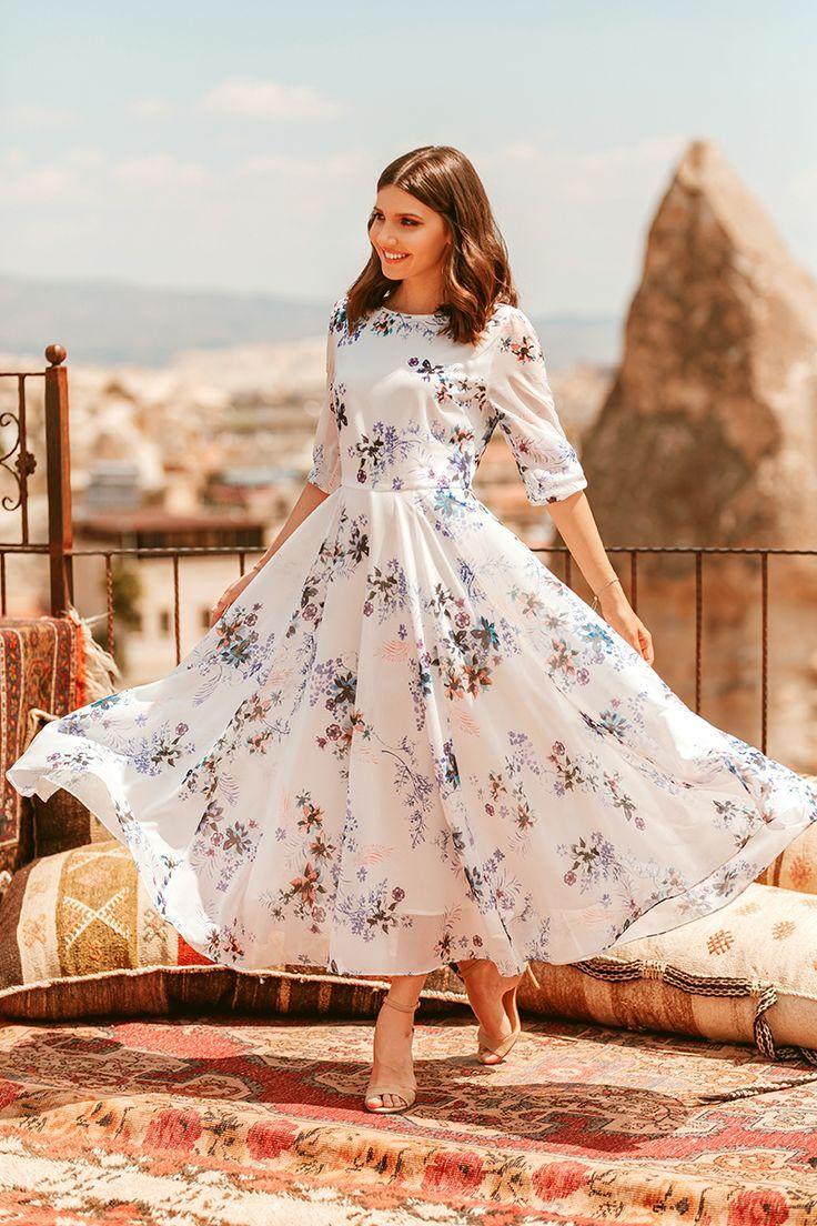 Gorgeous  Flowy dress long, Flowy dress, Elegant fashion