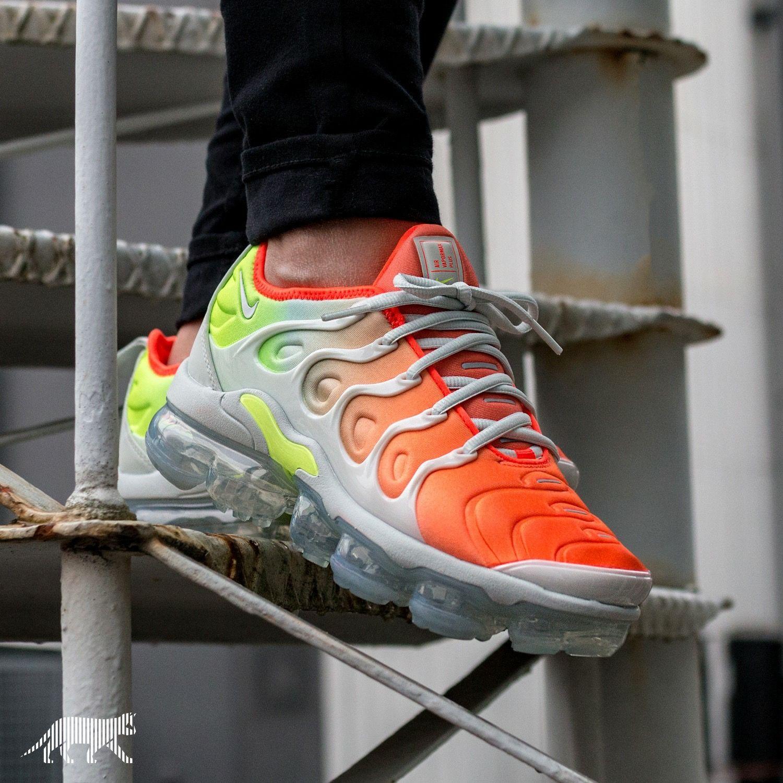 Nike Air Vapormax Plus | Basket homme, Nike air, Sneakers