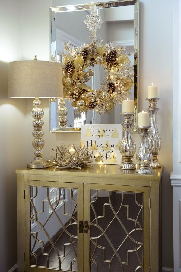 How To Decorate Your Entryway For Christmas Entryway