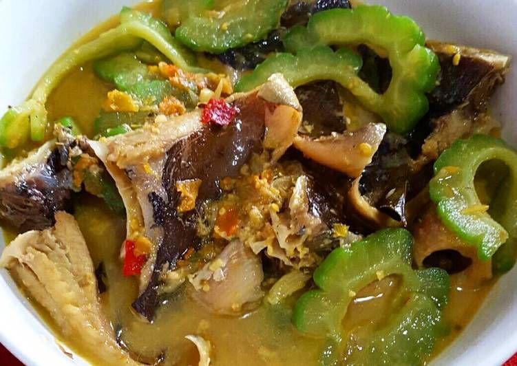 Resep Ikan Pari Kuah Santan Pedas Oleh Nurul Hikmah Dapoer Mommy R Resep Resep Ikan Resep Tumis