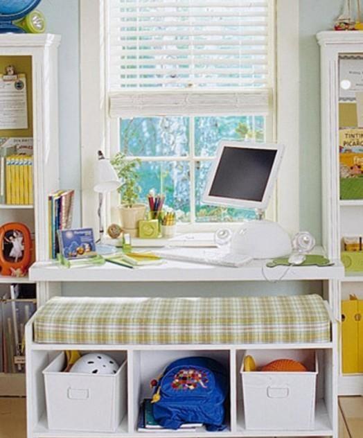 Wohnideen Minimalisti Kinderzimmer schreibtisch im kinderzimmer mit sitzbank zur
