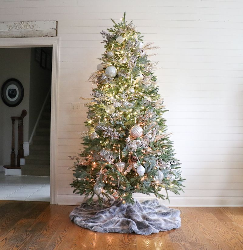 How to Decorate a Christmas Tree in 5 Simple Steps | Decorated ...