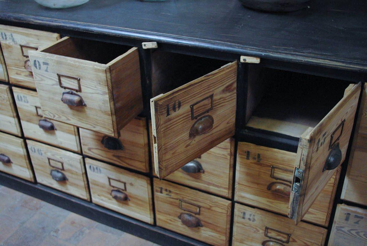 Ancien Meuble De Quincaillerie En Bois Meuble De Metier Meuble Noir Et Bois Relooking De Mobilier