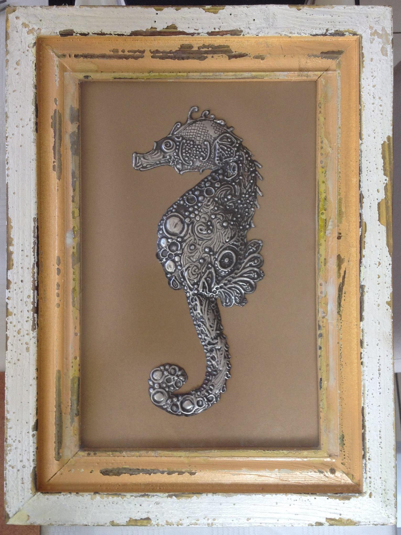 Beautiful seahorse by Lee-Ann