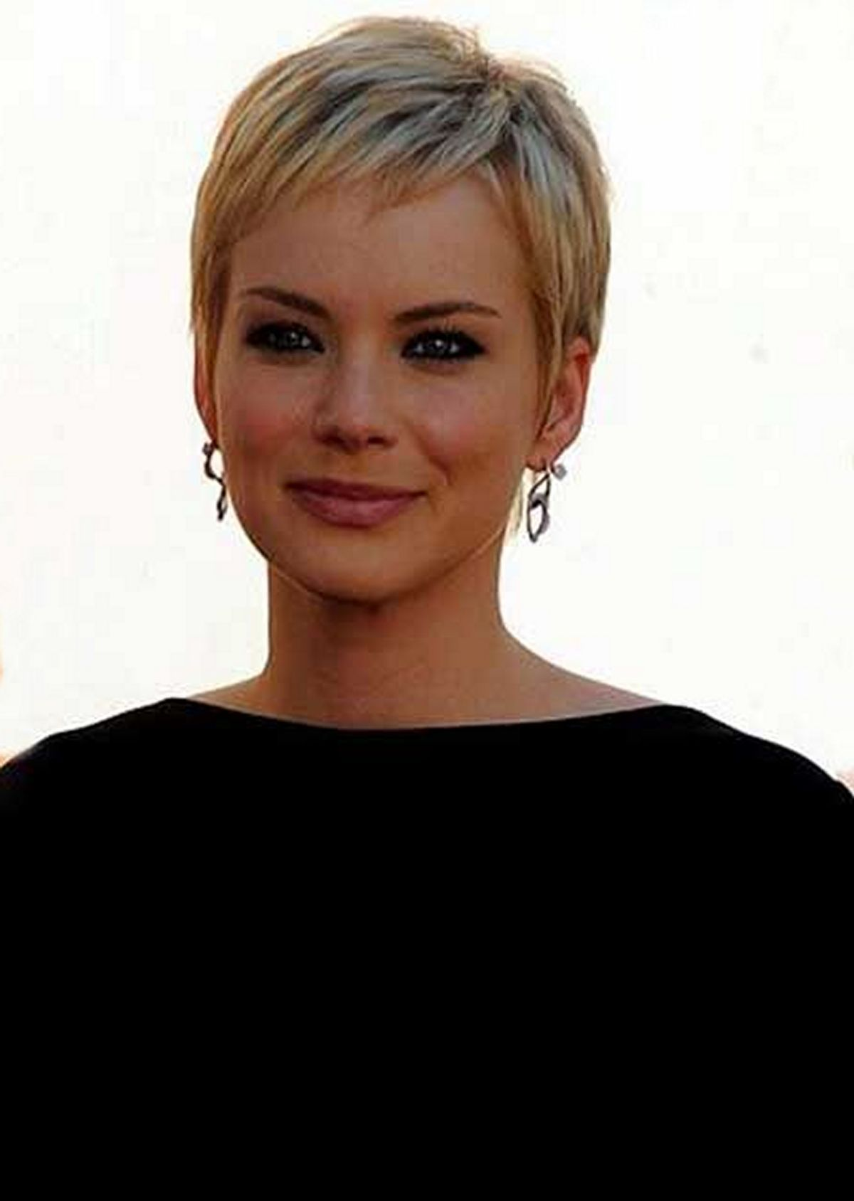 Pixie Haircuts For Women (70