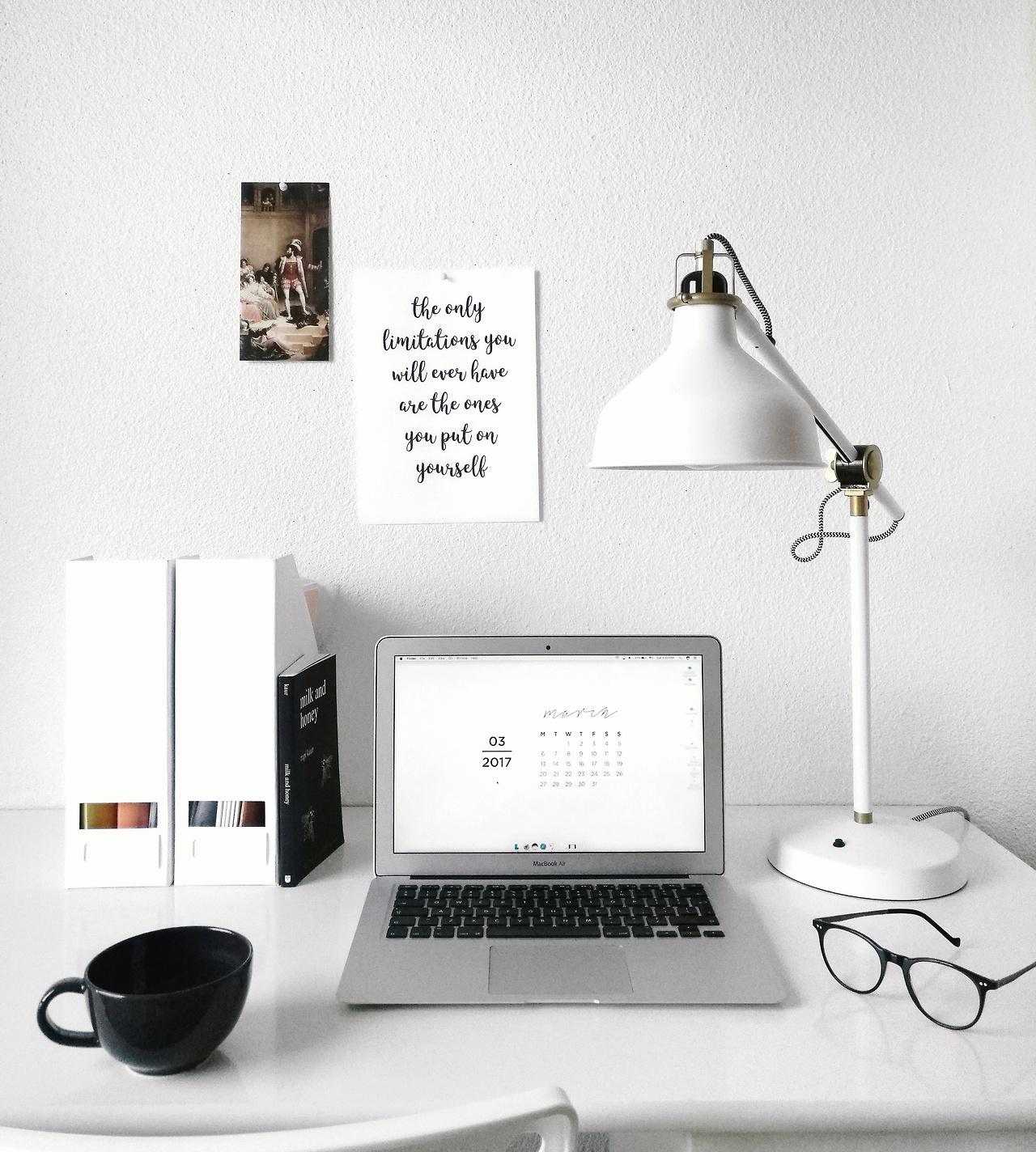 White home office inspiration | Inspiração de escritório branco ...