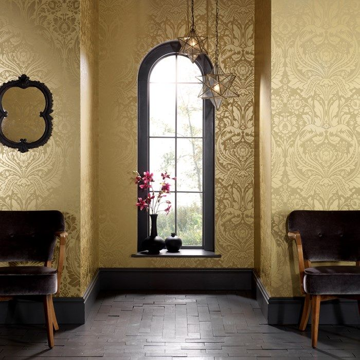 This damask wallpaper represents the height of