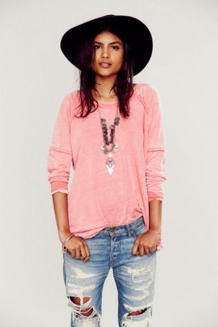 comfy, stylish. love this outfit!
