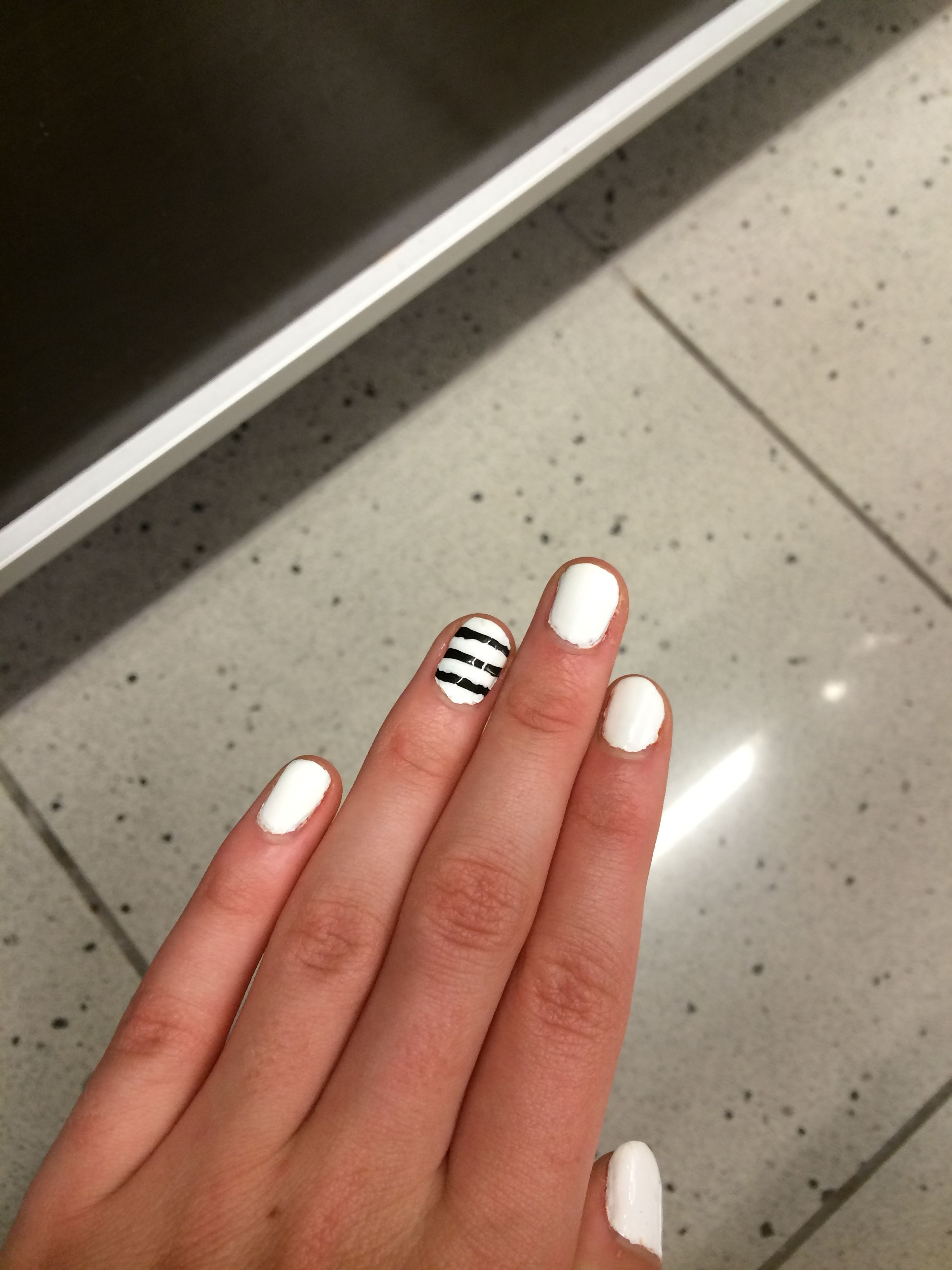 Super cute and easy black and white nails for beginners nails