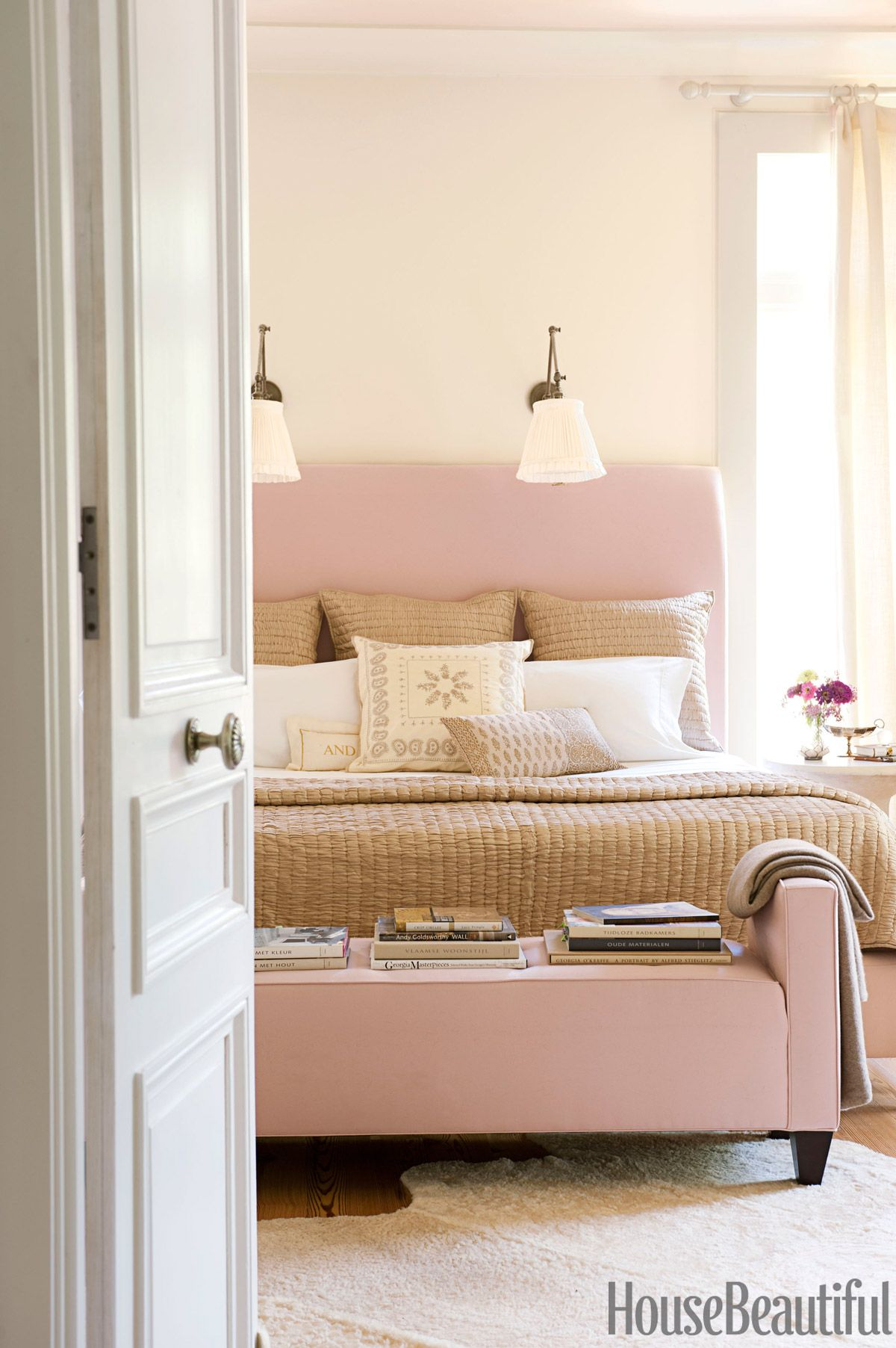 Best 15 Pink Rooms You Ll Love Pink Headboard Pink Room 400 x 300