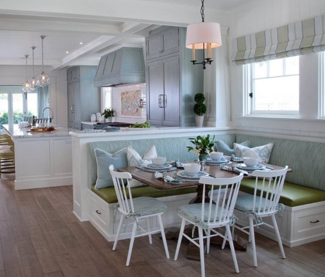 Kitchen - this shows the bench at the end of peninsula. | Tara Lane ...