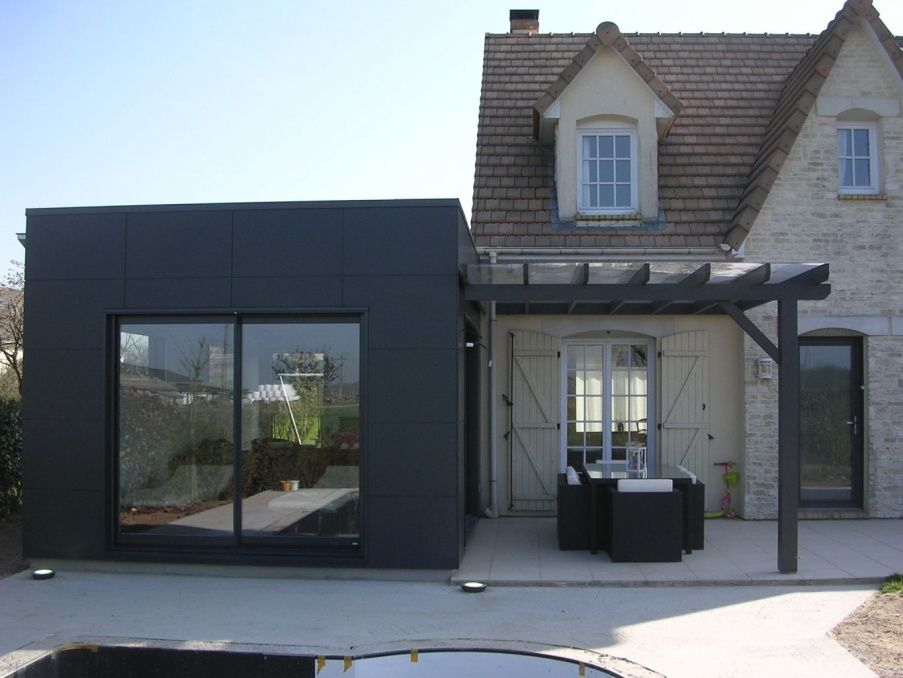 Bel exemple de bardage trespa projet container for Exemple agrandissement maison