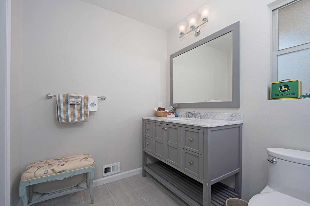 Home Kitchen Bath Remodel Ideas Before After Photos Trendy Bathroom Tiles Bathrooms Remodel Small Bathroom Makeover