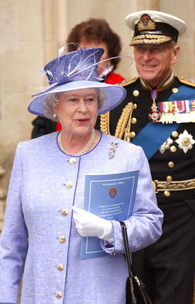 Queen Elizabeth, 2003