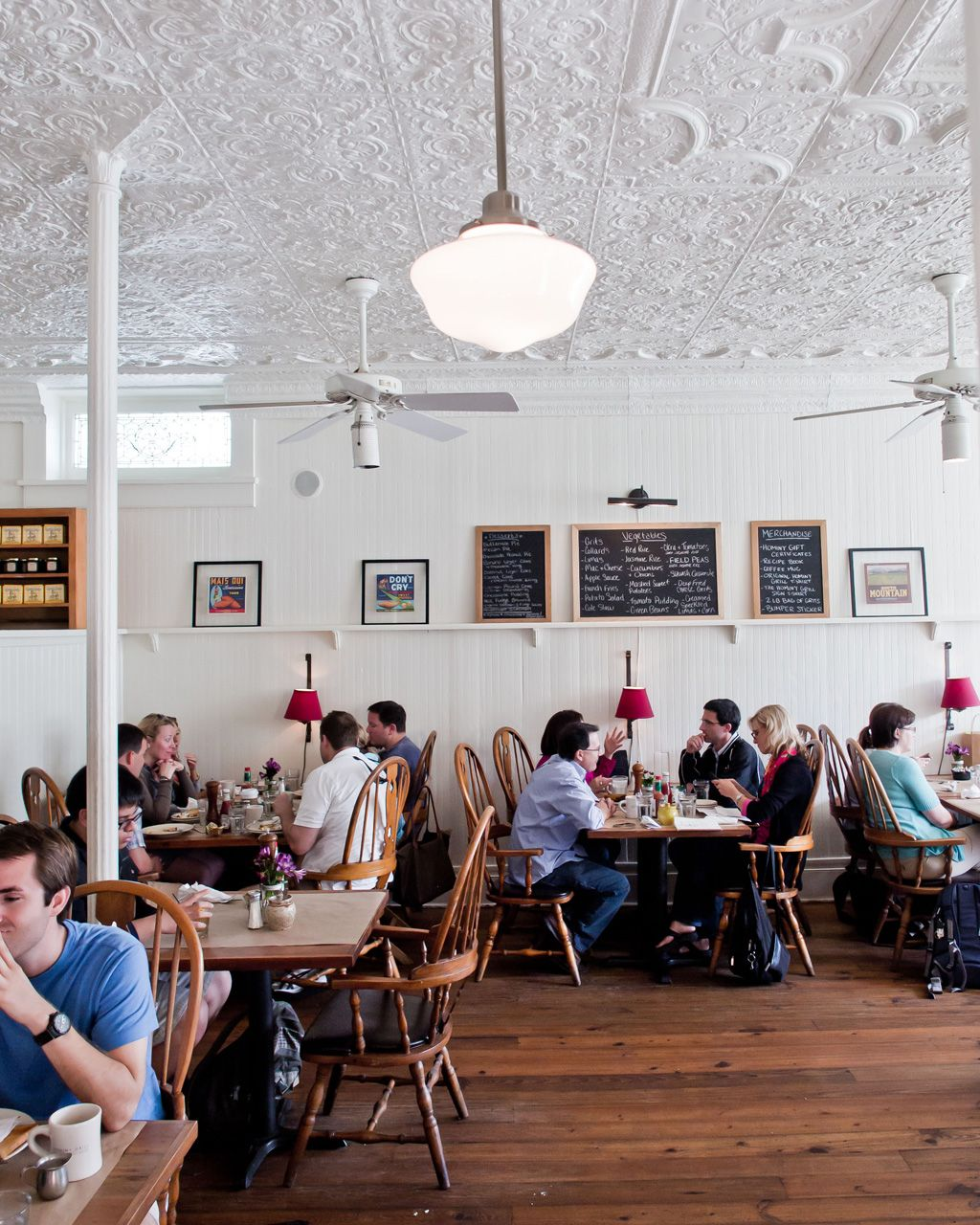 A Guide to Tennessee and South Carolina\'s Best Food