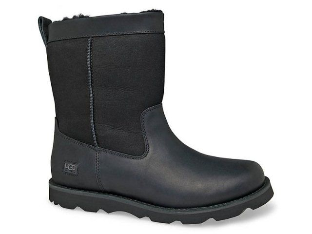 b6039411bb5 Available up to Mens SIZE 15.The UGG® Wrangell is a rugged outdoor ...