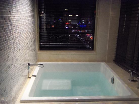 Cosmopolitan Las Vegas Terrace One Bedroom Fountain View Minimalist Remodelling cosmopolitan las vegas |  - picture of the cosmopolitan of las