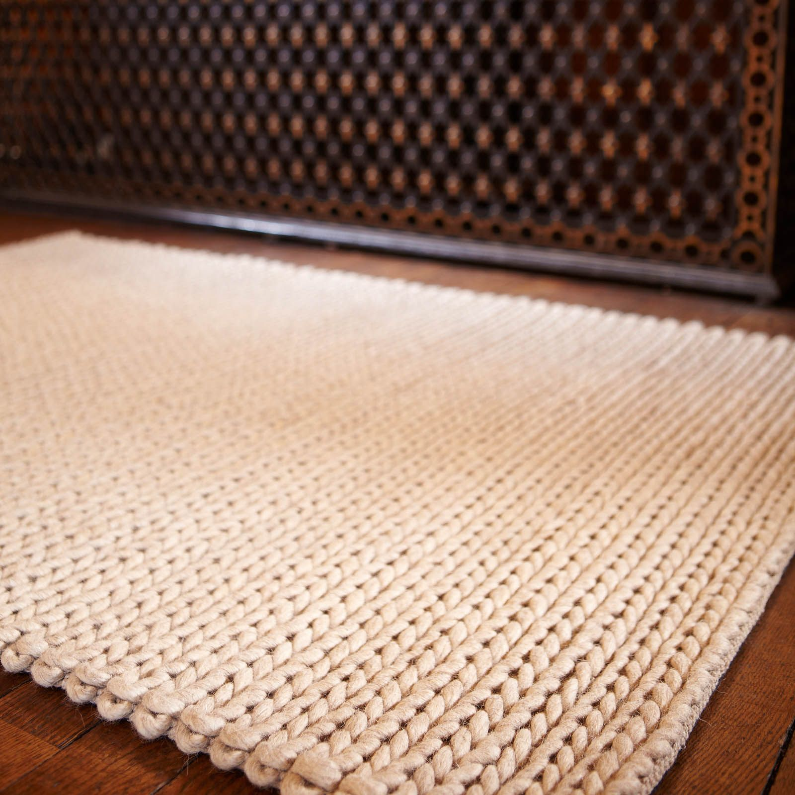 Zurich Wool Rugs Feature A Chunky Knitted Design In