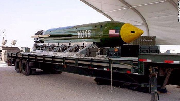 EE.UU. lanza 'madre de todas las bombas' sobre instalaciones y túneles del ISIS en Afganistán