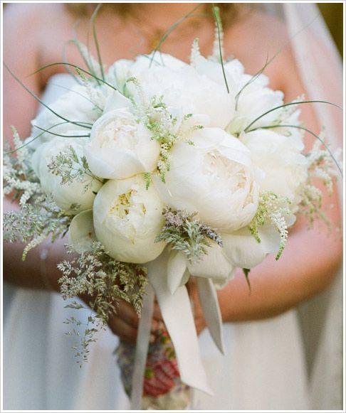 ramos de novia con peonias y lisianthus - buscar con google