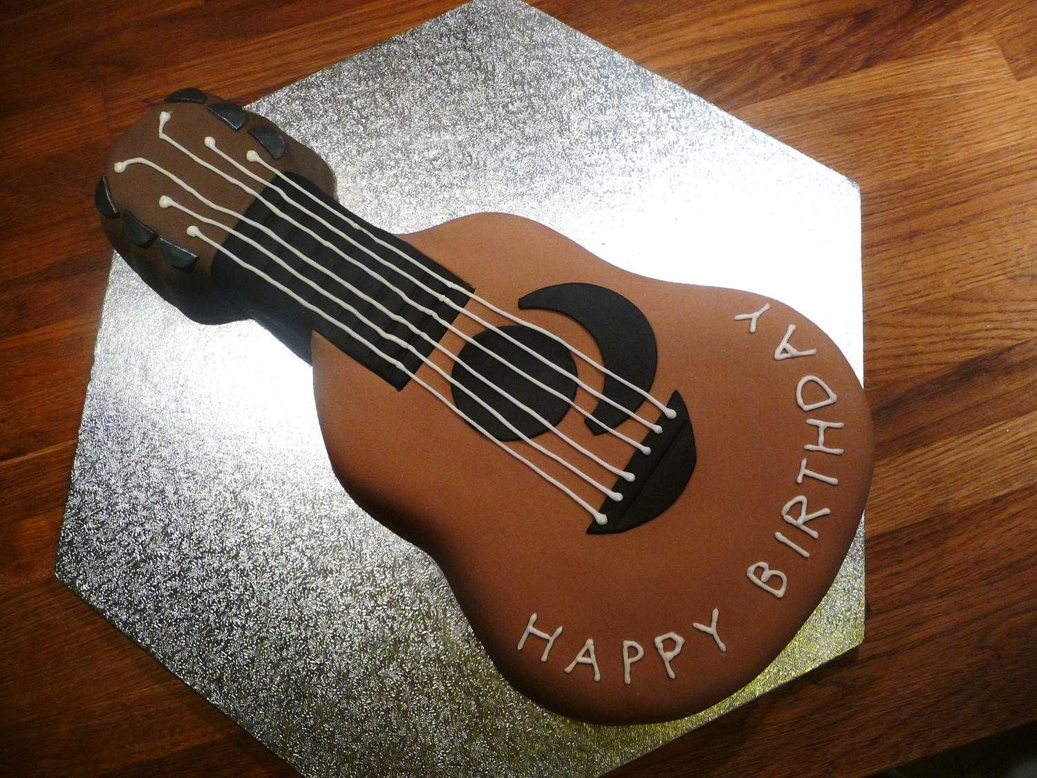 Swell Brown Guitar Shaped Cake With Images Guitar Cake Guitar Cupcakes Funny Birthday Cards Online Barepcheapnameinfo