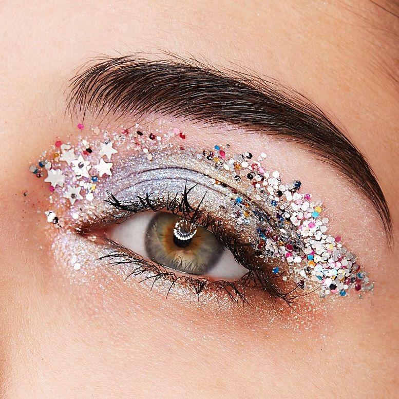 Beautiful eye makeup by Essence