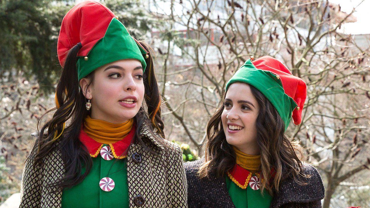 New Christmas Movies On Netflix December 1st 2019 Christmas Movies A Cinderella Story New Cinderella