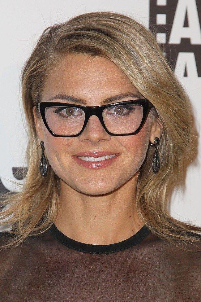 9068541f34ec8 Óculos de grau sem segredos  aprenda a escolher o modelo perfeito para você