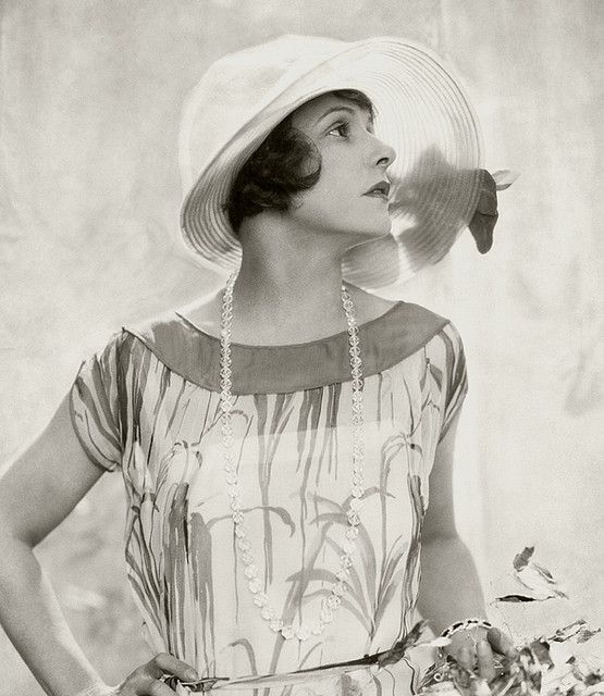 A youthful, lovely 1920's warm weather ensemble.