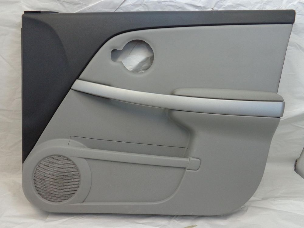 Chevy Equinox Right Front Interior Door Trim Panel Passenger Side 05 06 07 08 09 Interior Door Trim Chevy Equinox Door Trims