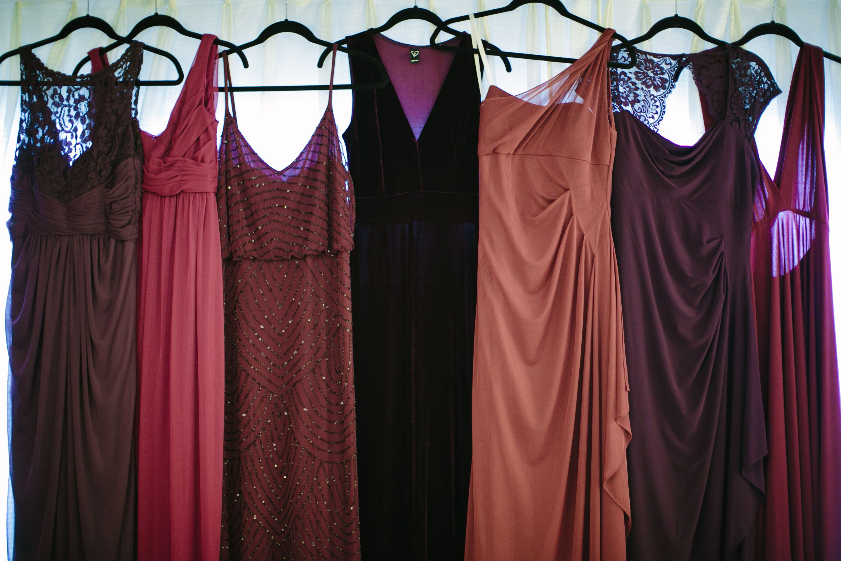 Perfectly mismatched bridesmaids! Same color family different styles ...