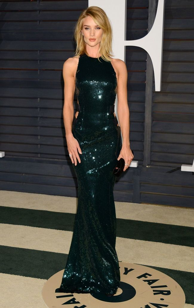Rosie Huntington-Whiteley slips into green sequin gown from Alexandre Vauthier