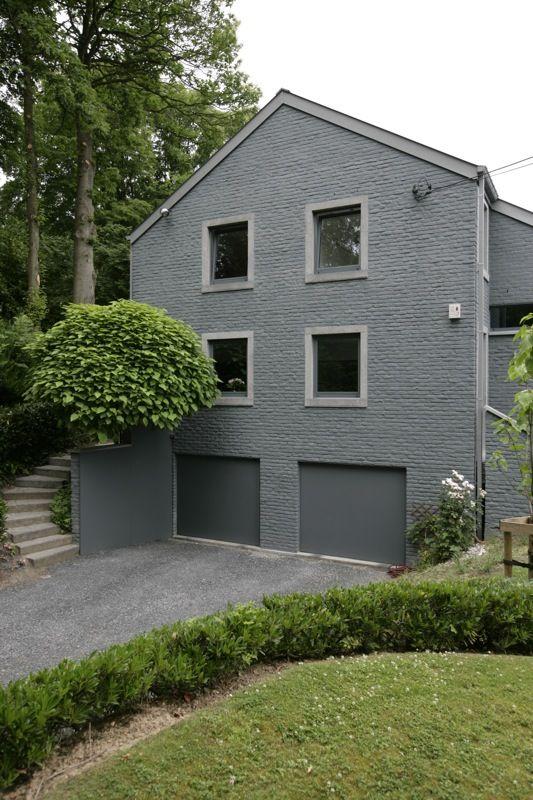 briques peintes grises fa ade pinterest briques. Black Bedroom Furniture Sets. Home Design Ideas