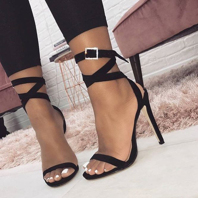 a56f71d5ee7  JASMIINMAFIIA Stiletto Heels