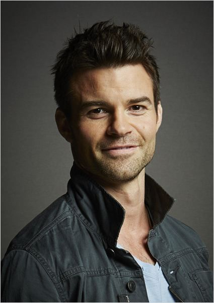 Daniel Gillies 2019 Wife Net Worth Tattoos Smoking