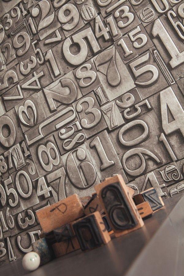 Papel pintado para pared tipos m viles de imprenta gris - Paredes pintadas originales ...